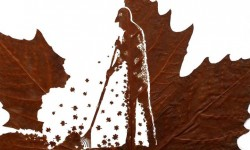 Sculptures sur feuilles mortes par Omid Asadi