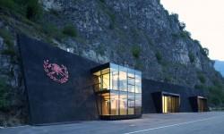 Architecture falaise en Italie du Nord